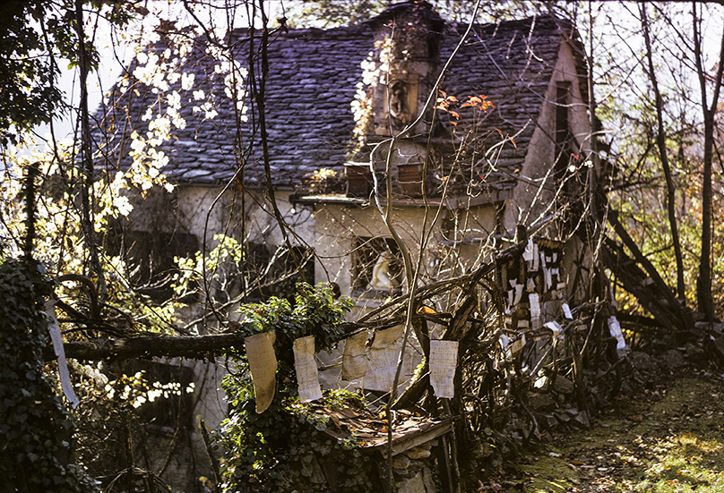 Armand Schulthess, Schulthess' House, The Encyclopedic Garden, Auressio, Tessin, photo © Hans-Ulrich Schlumpf